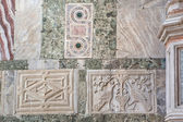 Marble decor, inlay and marble columns, stone carving on the facade of the cathedral of San Marco, St. Mark's Square,Venice, Italy — Stock Photo