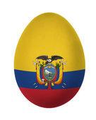 Oeufs de pâques du coloré equateur drapeau isolé sur fond blanc — Photo