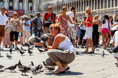 16. Jul 2012 - with pigeons in San Marco Plaza 3 in Venice, Italy — Stock Photo