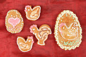 Easter gingerbreads rooster and hen — Stock Photo