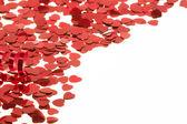 白地に赤の心紙吹雪 — ストック写真