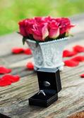 Engagement ring — Стоковое фото
