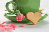 Heart and a cup of tea — Stock Photo