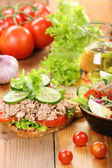 Sandwich with tuna and salad on wood background — 图库照片
