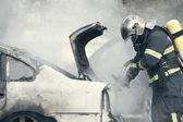 Humo de incendio de auto — Foto de Stock