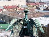 Angels on roofs in Saint Petersburg — Stock Photo