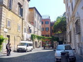 Narrow streets of Roman area Trastevere — Stock Photo