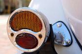 Staré automobilové zadní světlo — Stock fotografie