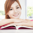 Happy student asian girl reading book — ストック写真