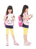 Heureux étudiant de fille peu toucher tablet pc — Photo