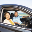 Happy seniors couple enjoying road trip  — Stockfoto