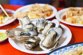 Delicious and nutrition sea food  ,barbecue Oysters with mustard — Stockfoto