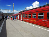 Passengers leaving aeroexpress Domodedovo Paveletskiy Station, M — Stock Photo