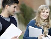 Mutlu öğrenciler — Stockfoto