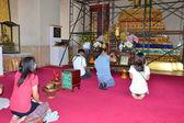 Thai in prayer — Stock Photo