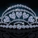 Diamond princess diadem with hearts, vector illustration — Stock Vector