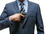 Gangster pulls out a gun — Stock Photo