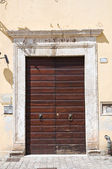 Wooden door. Narni. Umbria. Italy. — Stock Photo