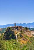 панорамный вид чивита-ди-баньореджо. лацио. италия. — Стоковое фото