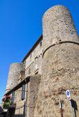 Anguillara hrad. ronciglione. lazio. itálie. — Stock fotografie