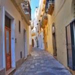 Alleyway. Gallipoli. Puglia. Italy. — Stock Photo