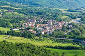 Panoramautsikt över bettola. emilia-romagna. italien. — Stockfoto