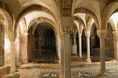 Basilica of St. Savino. Piacenza. Emilia-Romagna. Italy. — Stock Photo
