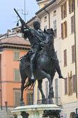 Estátua de bronze. piacenza. emília-romanha. itália. — Foto Stock