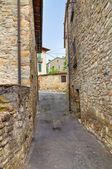 Alleyway. Bobbio. Emilia-Romagna. Italy. — Stock Photo