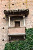 典型的房子。grazzano visconti。艾米利亚-罗马涅。意大利. — 图库照片