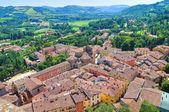 Brisighella 的全景视图。艾米利亚-罗马涅。意大利. — 图库照片