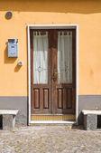 Wooden door. Melfi. Basilicata. Italy. — Stock Photo
