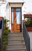 Wooden door. Mottola. Puglia. Italy. — Stock Photo