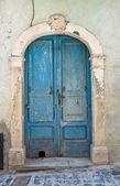 Porta in legno. roseto valfortore. puglia. italia. — Foto Stock