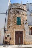 Torre fortificada. conversano. puglia. italia. — Foto de Stock
