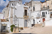 Alleyway. Monte Sant'Angelo. Puglia. Italy. — Stock Photo