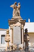 Kriegerdenkmal. pisticci. puglia. italien. — Stockfoto