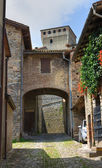 Alleyway. Torrechiara. Emilia-Romagna. Italy. — Stock Photo