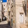 Alleyway. Monopoli. Puglia. Italy. — Stock Photo