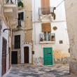 Alleyway. Monopoli. Puglia. Italy. — Stock Photo #43013697