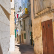 Alleyway. Monopoli. Puglia. Italy. — Stock Photo #43084655