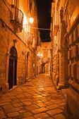 Alleyway. Giovinazzo. Puglia. Italy. — Stockfoto