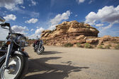 Bikers resting at Valley of the Gods — Stock Photo