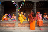 Traditional local women resting in a temple — Stock Photo