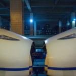 Bullet train in Hangzhou train station — Stock Photo