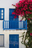 Facade of a typical bleu and white greek house — Stock Photo