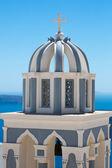 Güzel mavi ve beyaz rooftops ortodoks çapraz — Stok fotoğraf