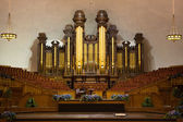 Church organ pipes and the Interior of the Mormon Tabernacle Tem — Stock Photo