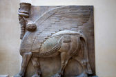 Mesopotamian sculpture at the Louvre Museum in Paris. — Fotografia Stock