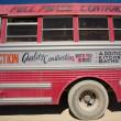 alten Bus bei burning Man Festival 2012 — Stockfoto